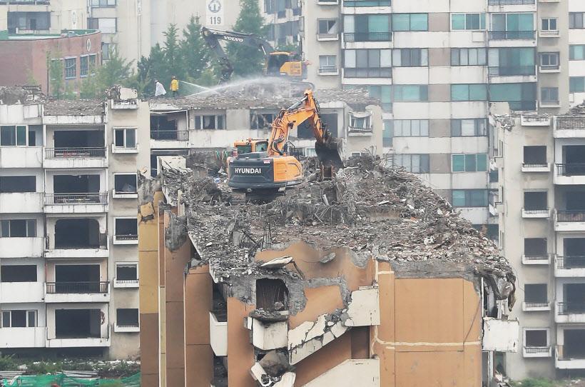 ´10·1 부동산대책´ 재건축 관리처분인가 단지, 분양가 상한제 6개월 유예